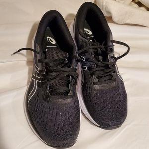 Size 9.5 ASICS Women's Running Shoe Like New